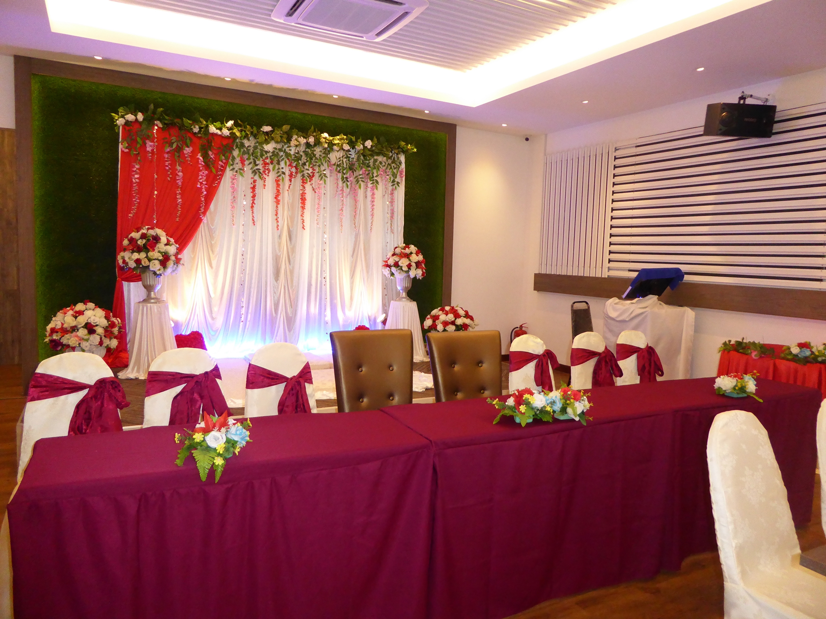 Lovely indian wedding hall decoration johor bahru wedding indian wedding hall decoration johor bahru junglespirit Images